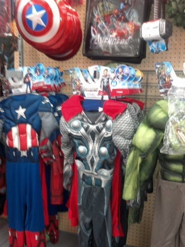 2012 09 23 16 01 17 584 375x500 Celebrating The Avengers DVD Release with Family Fun Night #CBias #MarvelAvengersWMT