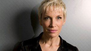 annie-lennox-recognized-most-charitable-celebrity #annielennox