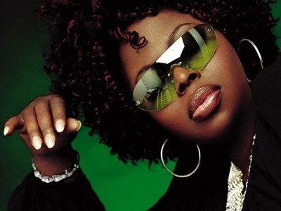 music-mondays-strength-under-fire-angie-stone #musicmondays #encouragement