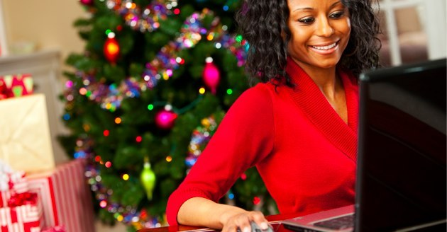 Protecting-Yourself-During-Online-Holiday-Shopping #holidayshopping