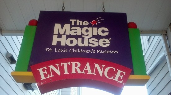 the-magic-school-bus-exhibit-the-magic-house-st-louis #magicschoolbus #magichousestlouis