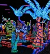Putting Edge Glow In The Dark Mini Golf THIS