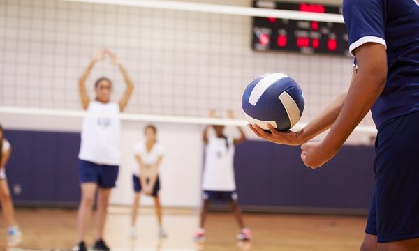How To Avoid Injuries When Playing Volleyball