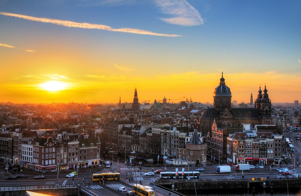 4 Ways to Save While Traveling in Amsterdam
