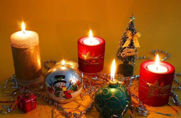 Decorating a Small Apartment for the Holidays