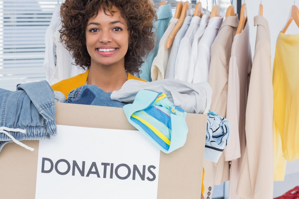 Give Back to Your Community in These 4 Awesome Ways