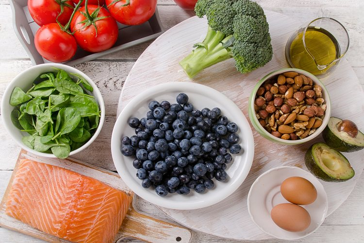 Healthy Foods and Beverages To Keep Your Brain At Its Best