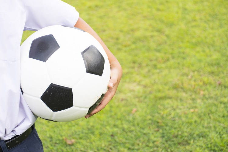 Four Things To Do If Your Child Suffers A Concussion While Playing Sports