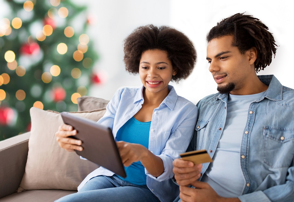 Holiday Budgeting - Expert Tips for Families Talking Finance During the Season of Spending