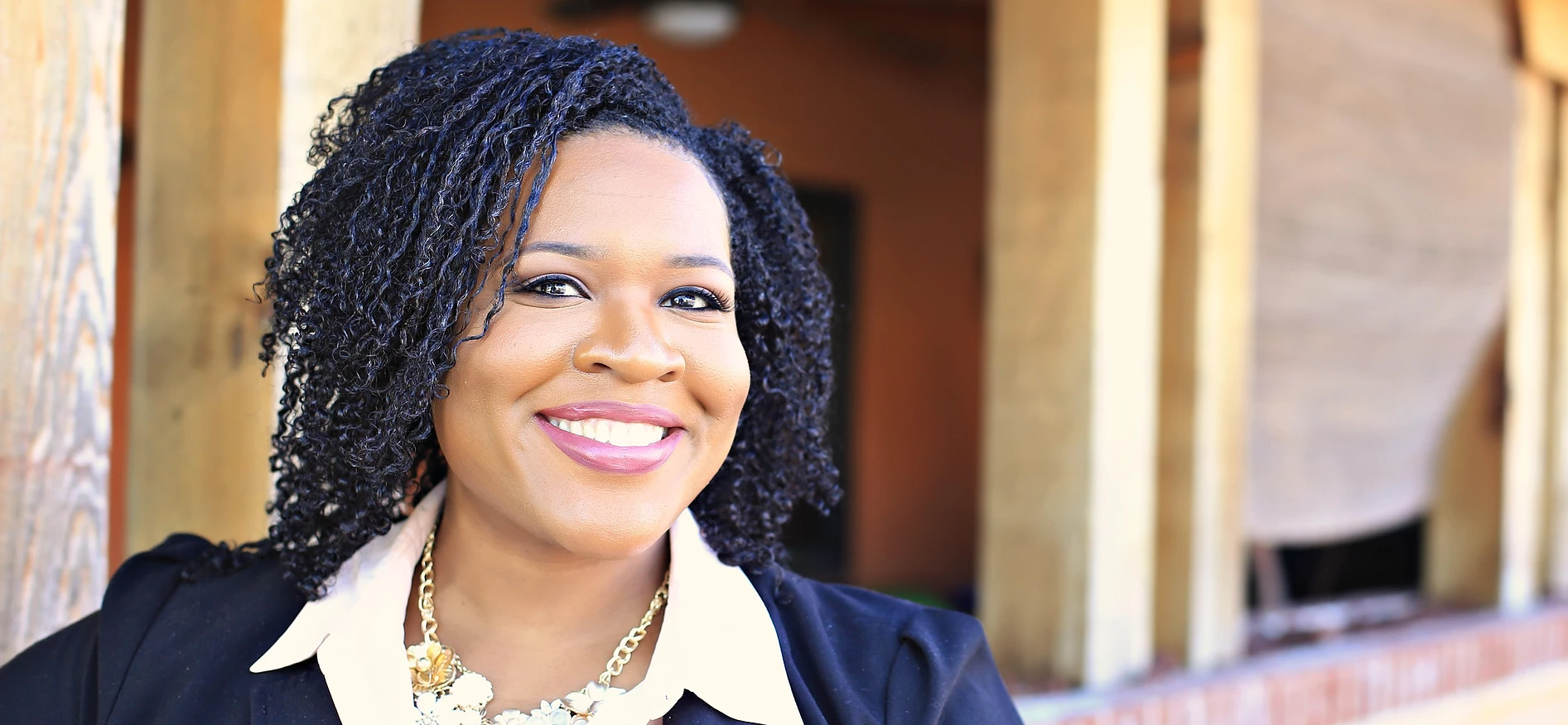 Meet the Psychotherapist That is Pushing Forward Mental Health in the Black Community
